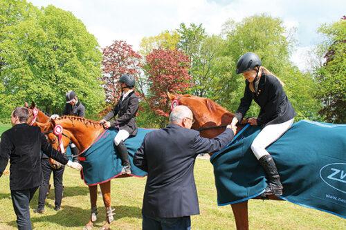 Jeździeckie Mistrzostwa Kaszub Amatorów połączone z piknikiem rodzinnym Runowo 2014, projekt zrealizowany w ramach działania LEADER – Małe projekty z archiwum Pałacu pod Bocianim Gniazdem